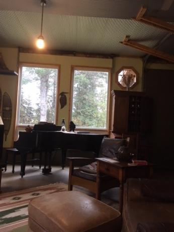 camp interior5