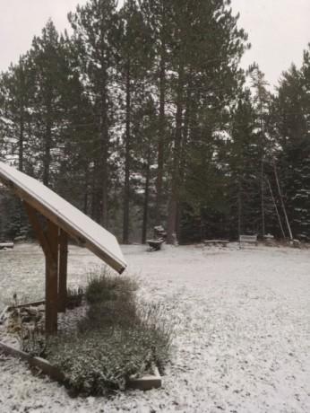 Snow Thurs.